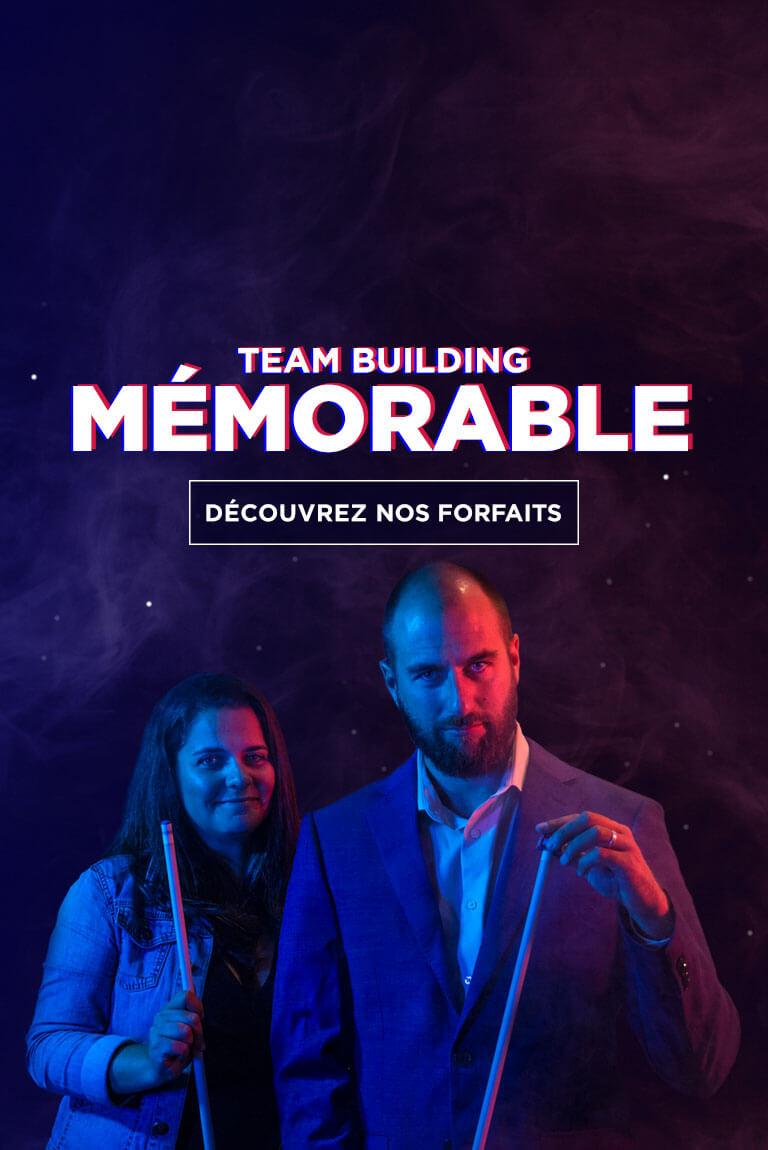 Collègue de travail avec baguette de billard dans les mains   Team Building mémorable
